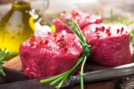 butcher s shop: Raw steaks