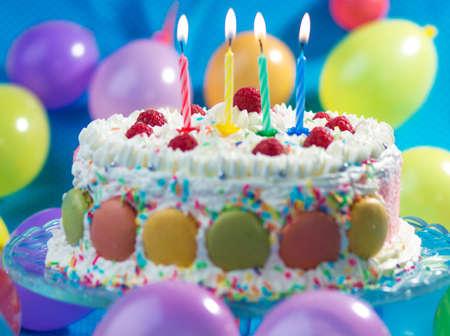 gateau anniversaire: G�teau danniversaire