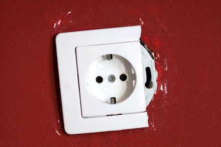 mains: Broken socket