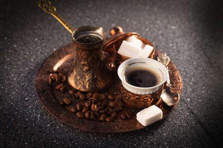 Turkish coffee (Türk kahvesi) Standard-Bild