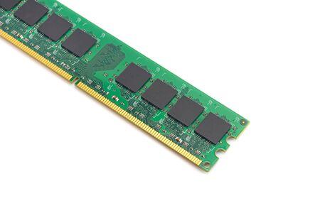 computer-RAM, systeemgeheugen, hoofdgeheugen, willekeurig toegankelijk geheugen, intern geheugen, aan boord, computerdetail, close-up, hoge resolutie, geïsoleerd op een witte achtergrond