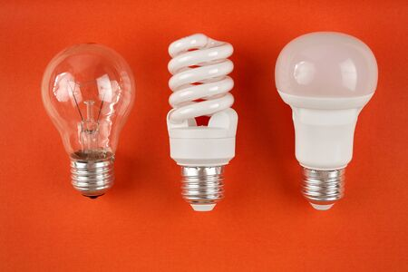 generations of light bulbs from incandescent and halogen bulbs to led bulbs, modern energy-saving technologies and environmental protection Banque d'images