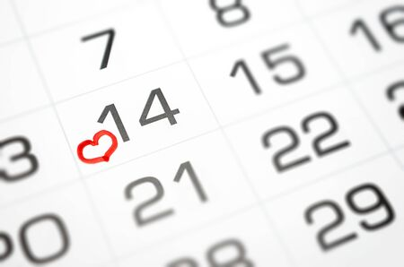 im Kalender markieren 14. Februar, Valentinstag bald, Liebe, Beziehung Standard-Bild