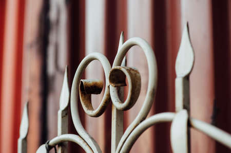 curlicues: Beautiful color vintage rusty forged fence