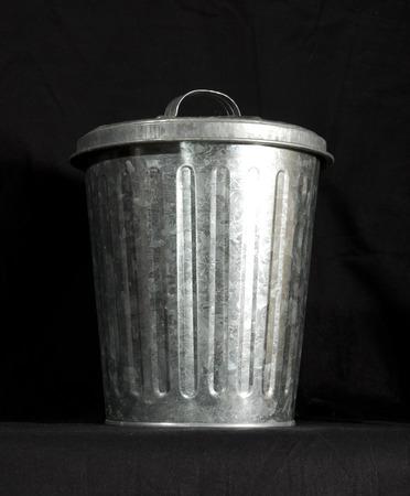 trashcan: silver trashcan