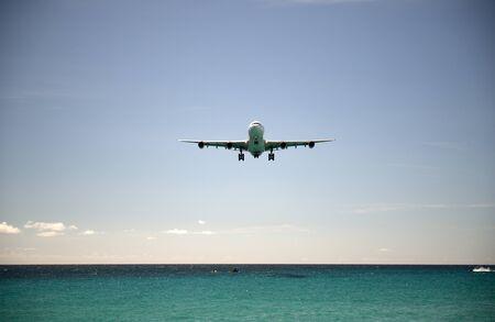 juliana: Landing in St Martin airport