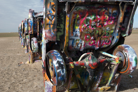 Cadillac Ranch is a public art installation and sculpture in Amarillo , Texas , US It was created in 1974 by Chip Lord , Hudson Marquez and Doug Michels 版權商用圖片