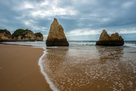 praia: Praia dos Tres Irmaos, Algarve, Portugal