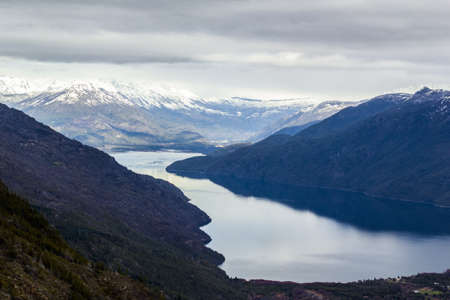 Panoramic view of the Andes mountain range from a viewpoint in Lago Puelo near Bariloche in Argentina 版權商用圖片