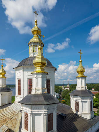 Orthodox church in Veliky Ustyug. View from the bell tower of the temple. Banco de Imagens