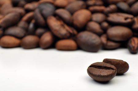 Roasted Coffee Bean Foto de archivo - 105916205