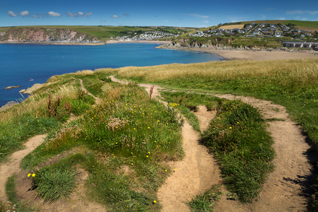 suelo arenoso: Vista de bigbury en el mar de la isla de Burgh. Devon. Inglaterra