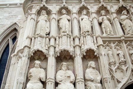 Details of the design of the exterior of the Exeter Cathedral. Protected by a grid. Exeter. Devon. England Stock Photo