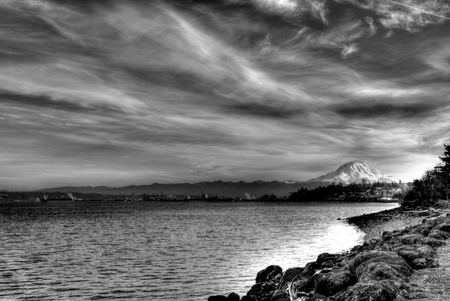 rainier: Mount Rainier skyline
