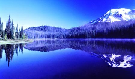 mount rainier: Reflection Lake Mount Rainier Washington Stock Photo