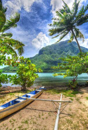 moorea: Canoe,Moorea