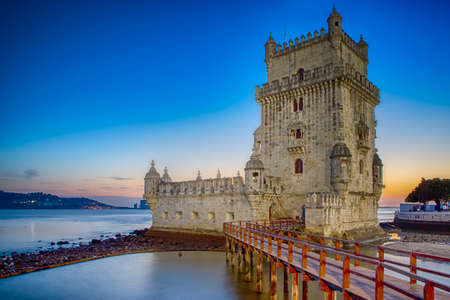 Famous Belem Tower on Tagus River in Lisbon at Blue Hour, Portugal. Horizontal Image Éditoriale