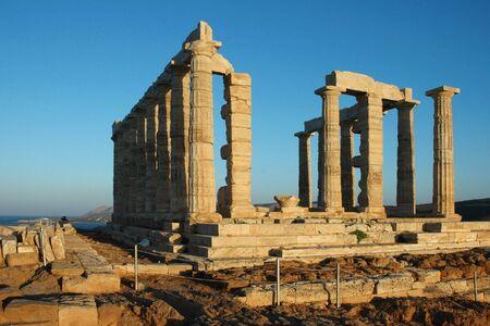 Tempel des Poseidon in Sonnenaufgang am Kap Sounion (Griechenland)