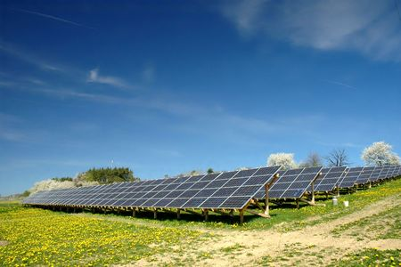radiacion solar: planta de energ�a solar Foto de archivo