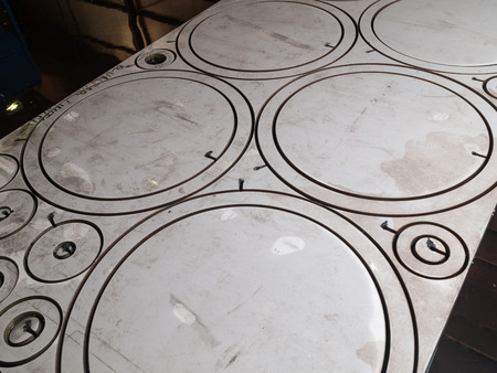 cut line: circle shaped stainless steel cut metal pieces laser cut