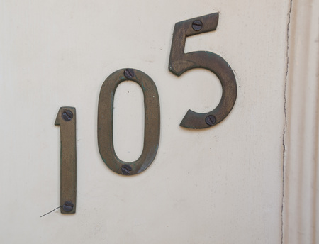 numberplate: numbers 105