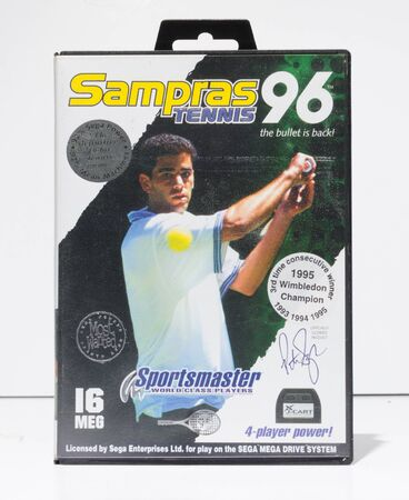 london, england, 05052019 pete sampras tennis 1996 sega mega drive video game cartridge isolated on a white studio background. Retro and vintage console game playing from the 1990s. 新聞圖片