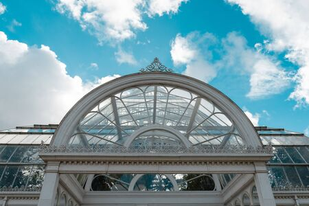 Sefton Park, Liverpool, 05/08/2018 Sefton Park, Liverpool, Merseyside sefton park palm house, tropical indoor green botanical garden house. famous victorian architecture building. ornate metal work. Stock Photo