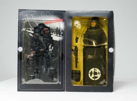 london, england, 05/05/2020 A limited edition freshjive mike york, the seditionist 1/6 scale action figure. Retro 1990s skateboarding professional 12 inch military army combat figure. 新聞圖片
