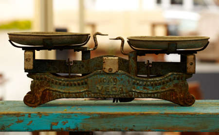 counterpoise: Vintage balance