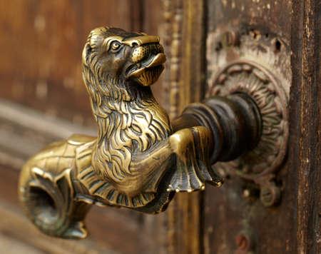 Vintage door handle Фото со стока - 14643160