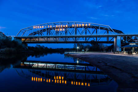 The Ocean to Ocean Bridge in Yuma Arizona.  Built in 1915 the bridge connects Arizona and California over the Colorado River Stock fotó