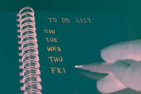 solid color: To Do List with Solid color : Negative style