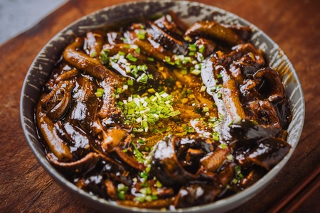 Suzhou Famous Dish - Stir-Fried Eels (Xiang You Shan Hu)