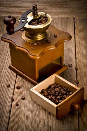 młynek do kawy: Rustic mÅ'ynek do kawy