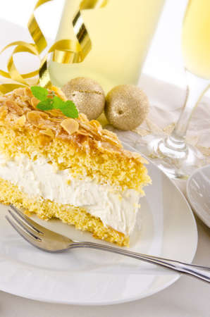 champagne and cake Stock Photo - 14399122