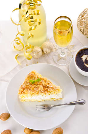champagne and cake Stock Photo - 14399145