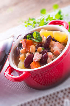 beans soup Stock Photo - 18280318