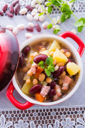 beans soup Stock Photo - 18316996