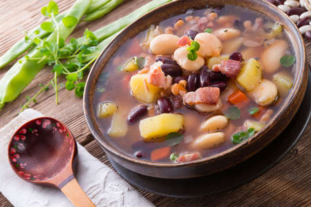 beans soup Stock Photo - 18336878