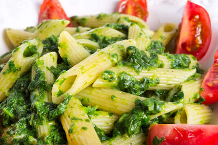 noodles with spinach