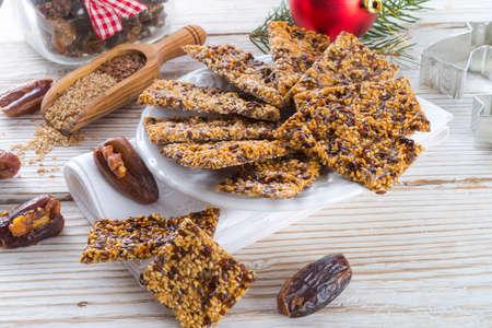 gozinaki:  flax Sesame seed candy