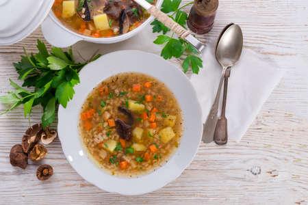 Krupnik - Poolse Pearl Barley Soup