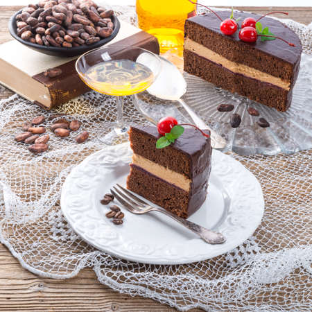 gateau chocolat: chocolate cake