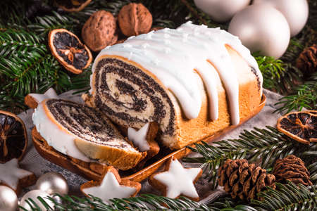 Gâteau aux graines de pavot de Noël Banque d'images