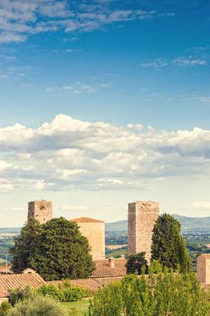 san: San Gimignano