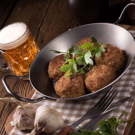 beefburger: Frikadeller - pan-fried dumplings