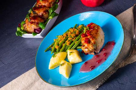 Chicken roulades with polish dumplings (kopytka) and green beans Stok Fotoğraf - 133878160