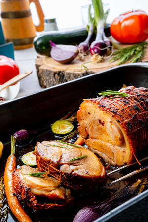 Lecere roll roast with vegetables and herbs. Stockfoto