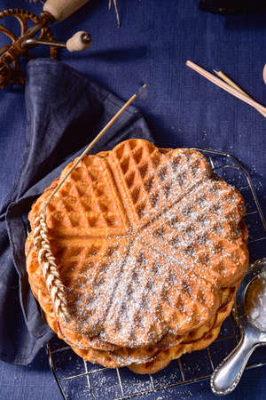 delicious sugared homemade waffles Standard-Bild