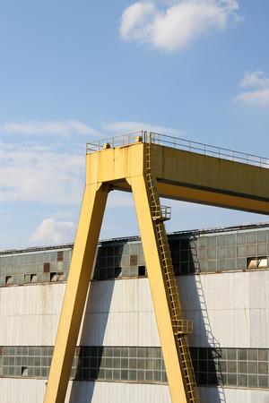 heavy: Heavy harbor crane